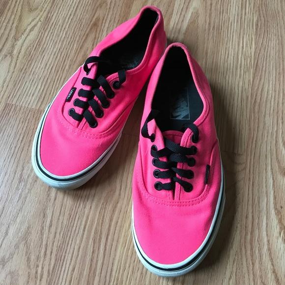 78c97fa1d6f22e ... Pink Vans Authentic Lo Pro. M 5b85b17e3e0caafd240ee207